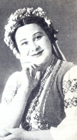 "Elizaveta Vladimirovna Shumskaya - Parasya, opera ""Sorochinskaya Fair"", music of M.P. Mussorgsky. The photo. (Елизавета Владимировна Шумская - Парася, опера ""Сорочинская ярмарка"", муз М.П. Мусоргского. Фотография.) (Belyaev)"