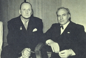 I. S. Kozlovsky and A. N. Vertinsky. The photo. (И. С. Козловский и А. Н. Вертинским. Фотография.) (Belyaev)